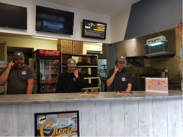 L'équipe du point de vente Speed rabbit Pizza Hellemmes'